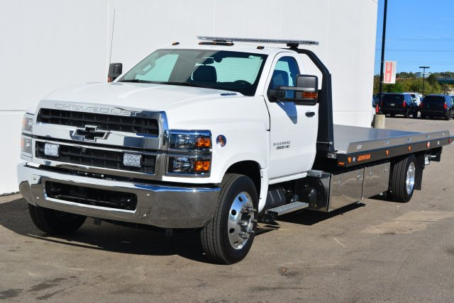 2019 Silverado Medium Duty Regular Cab DRW 4x2, Jerr-Dan Standard Duty Carriers Rollback Body #T91305 - photo 5