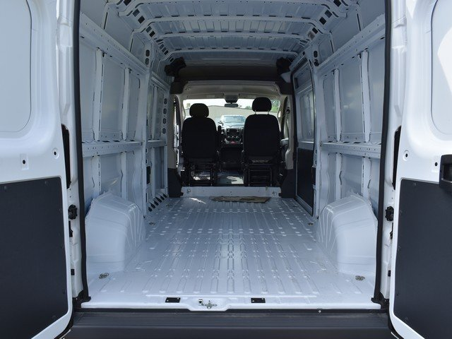 2018 ProMaster 2500 High Roof 4x2,  Empty Cargo Van #F1365 - photo 2