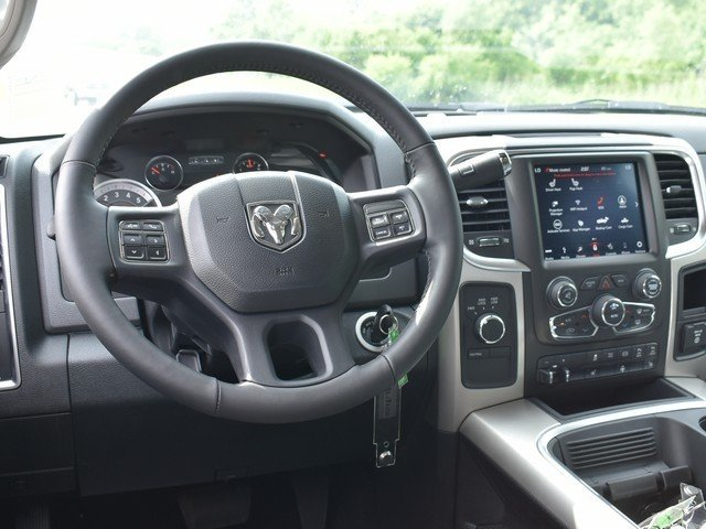 2018 Ram 3500 Crew Cab DRW 4x4,  Pickup #F1390 - photo 9