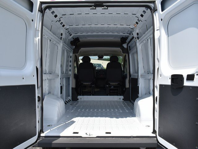 2018 ProMaster 1500 High Roof 4x2,  Empty Cargo Van #F1838 - photo 2