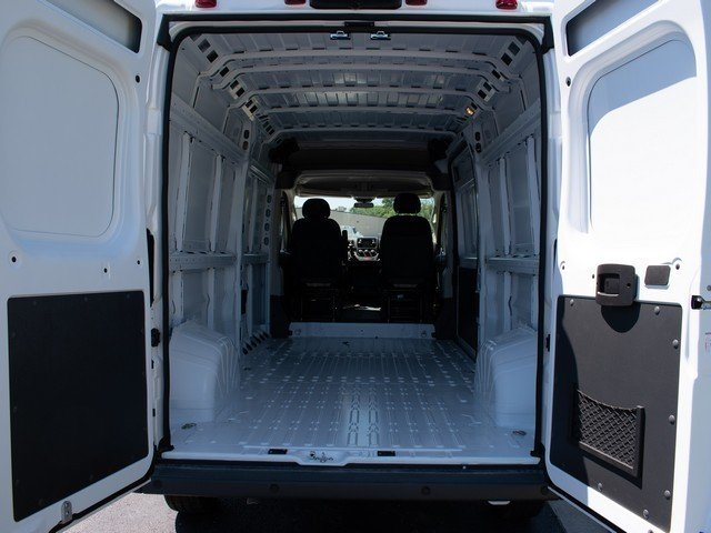 2018 ProMaster 2500 High Roof 4x2,  Empty Cargo Van #F1878 - photo 2