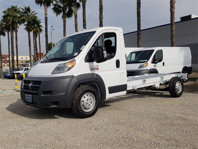 2018 ProMaster 3500 Standard Roof FWD,  Cab Chassis #JE157235 - photo 4
