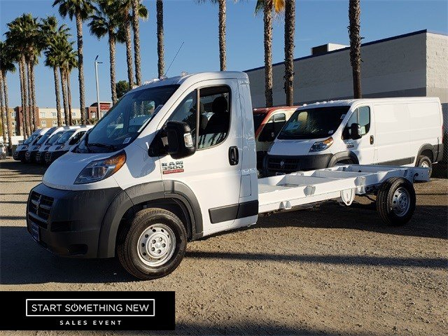 2018 ProMaster 3500 Standard Roof FWD,  Cab Chassis #JE157238 - photo 4