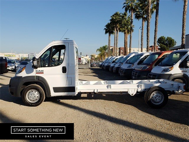 2018 ProMaster 3500 Standard Roof FWD,  Cab Chassis #JE157238 - photo 5