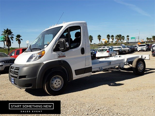 2018 ProMaster 3500 Standard Roof FWD,  Cab Chassis #JE157239 - photo 4