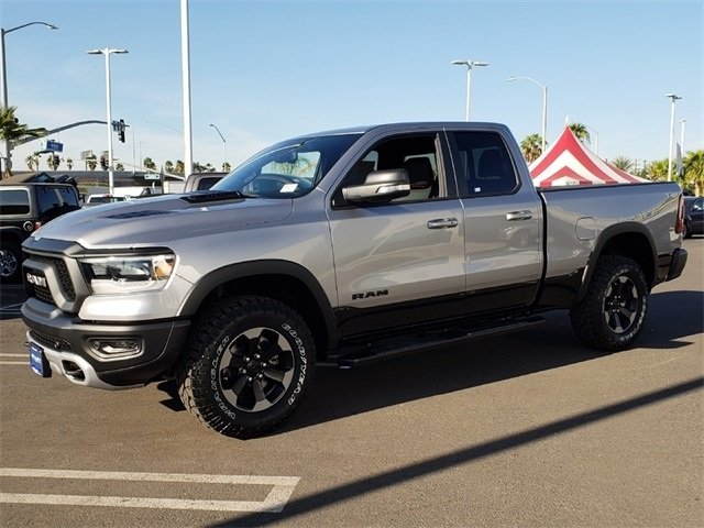 2019 Ram 1500 Quad Cab 4x4,  Pickup #KN671270 - photo 4