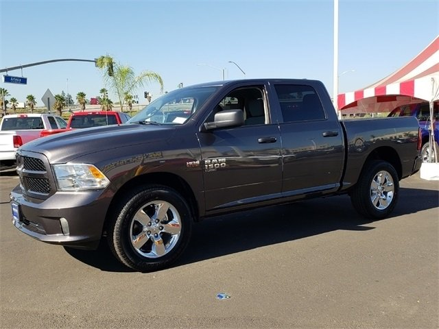 2019 Ram 1500 Crew Cab 4x4,  Pickup #KS508648 - photo 4