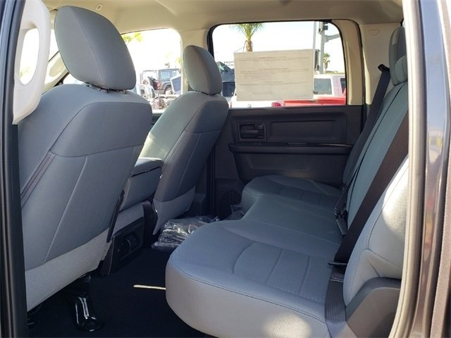 2019 Ram 1500 Crew Cab 4x4,  Pickup #KS508648 - photo 7