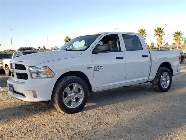 2019 Ram 1500 Crew Cab 4x4,  Pickup #KS513630 - photo 4