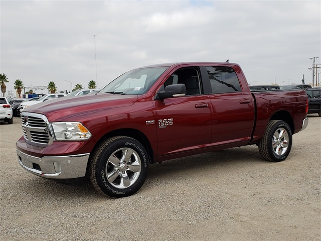 2019 Ram 1500 Crew Cab 4x4,  Pickup #KS519017 - photo 1