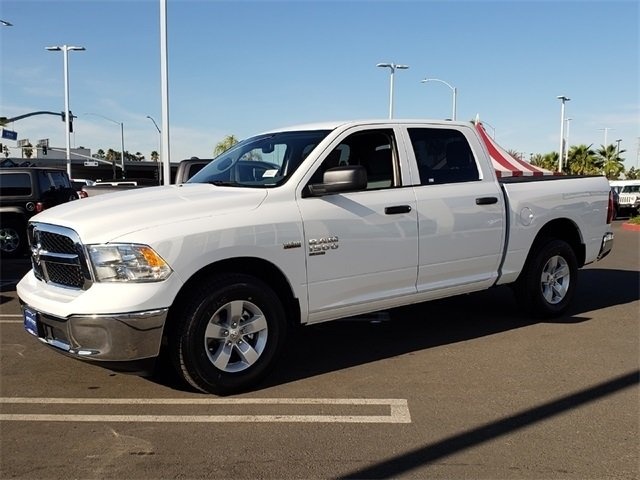 2019 Ram 1500 Crew Cab 4x2,  Pickup #KS562449 - photo 4