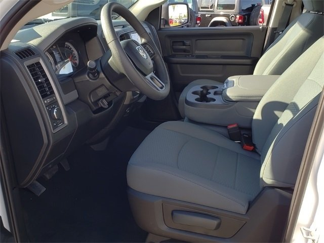 2019 Ram 1500 Crew Cab 4x2,  Pickup #KS562449 - photo 6
