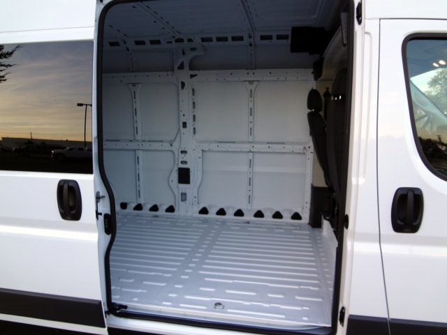 2018 ProMaster 2500 High Roof FWD,  Empty Cargo Van #R5463 - photo 12