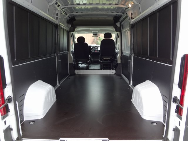 2018 ProMaster 2500 High Roof, Cargo Van #R5503 - photo 2