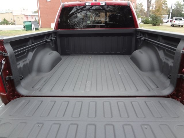2019 Ram 1500 Crew Cab 4x4,  Pickup #R5606 - photo 26