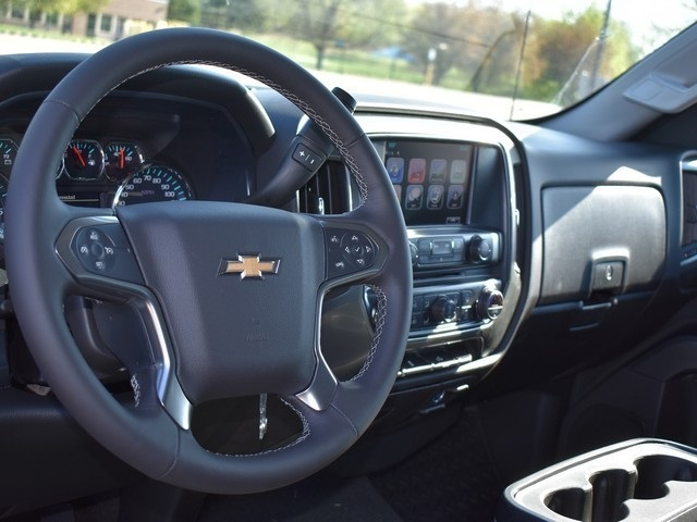 2018 Silverado 1500 Crew Cab 4x4,  Pickup #C180922 - photo 9