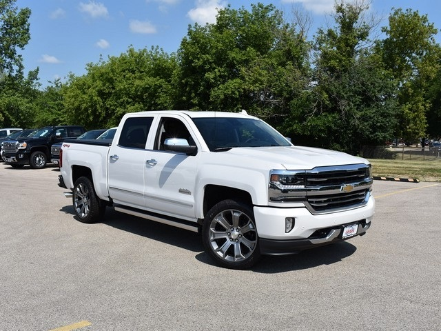 2018 Silverado 1500 Crew Cab 4x4,  Pickup #C181256 - photo 3