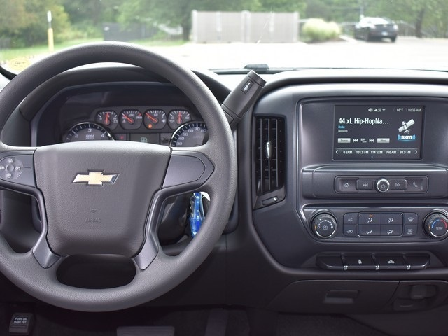2018 Silverado 1500 Crew Cab 4x4,  Pickup #C181287 - photo 9
