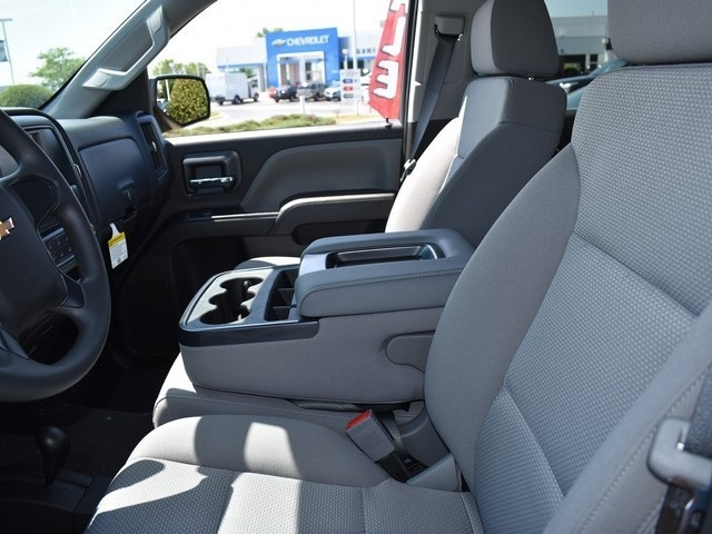 2018 Silverado 1500 Crew Cab 4x4,  Pickup #C181299 - photo 9