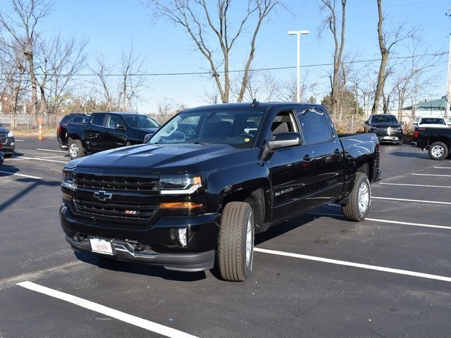 2018 Silverado 1500 Crew Cab 4x4,  Pickup #C181422 - photo 1