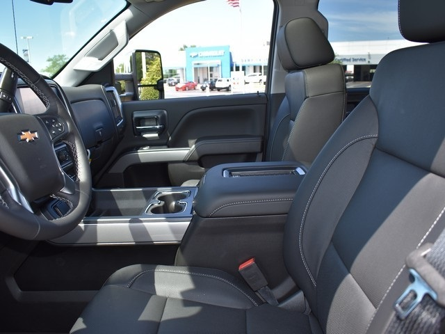 2019 Silverado 2500 Crew Cab 4x4,  Pickup #C190002 - photo 12