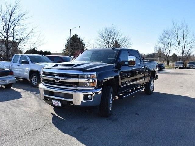 2019 Silverado 3500 Crew Cab 4x4,  Pickup #C190260 - photo 5