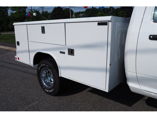 2018 Ram 3500 Regular Cab DRW 4x4,  Reading Classic II Steel Service Body #17468 - photo 26