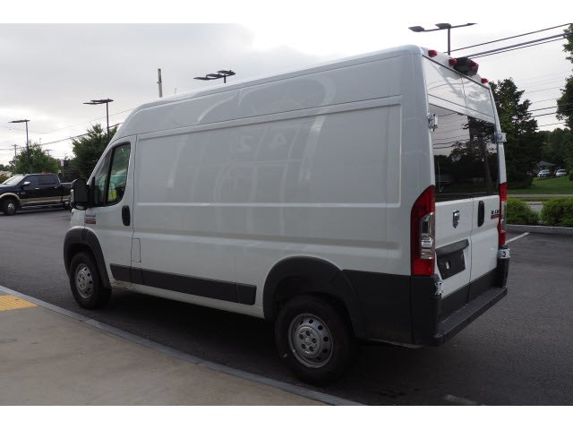 2018 ProMaster 2500 High Roof FWD,  Empty Cargo Van #17653 - photo 4