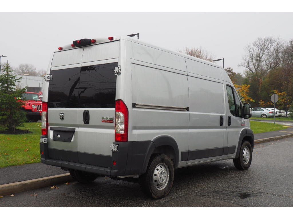 2018 ProMaster 2500 High Roof FWD,  Empty Cargo Van #17740 - photo 5