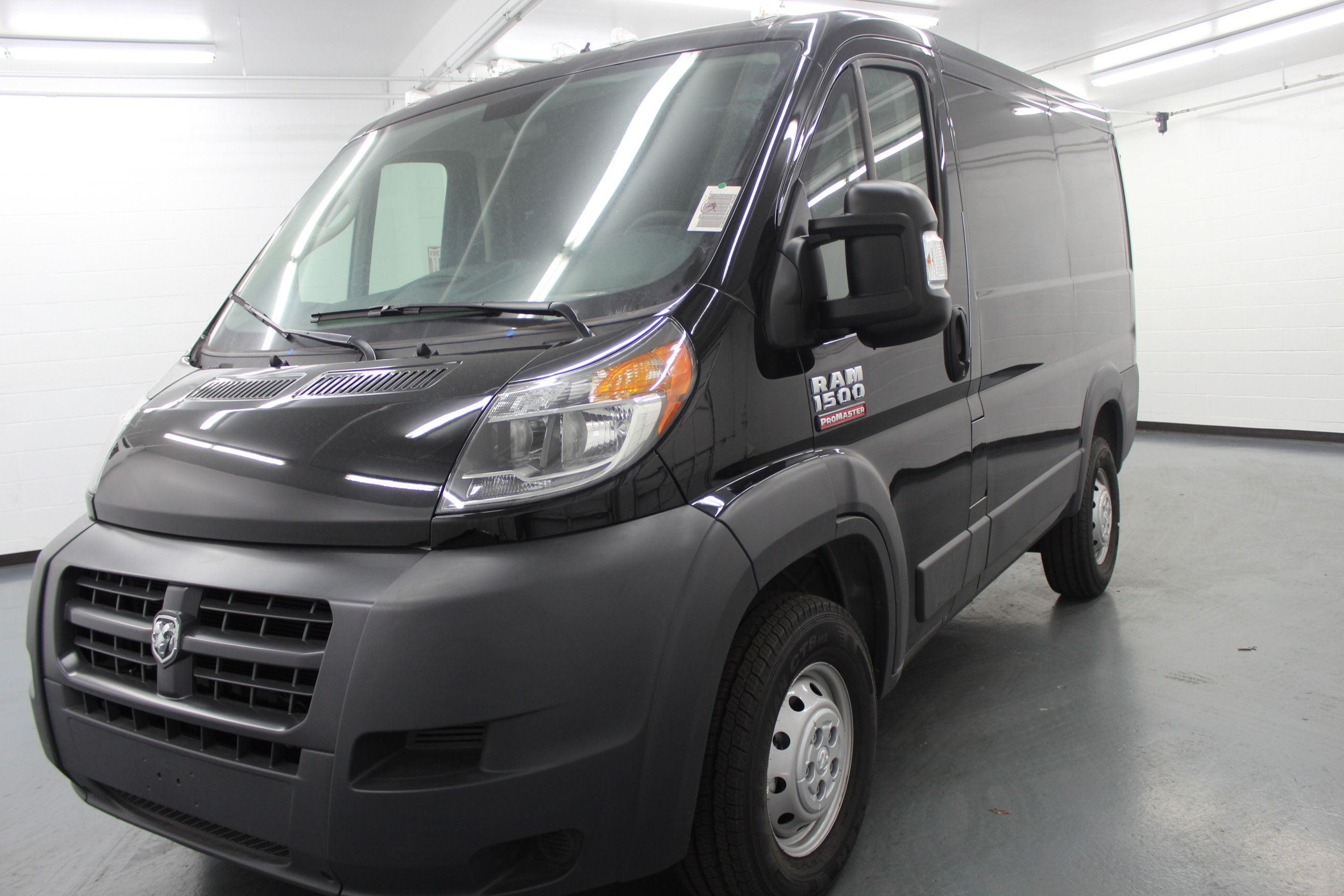 2018 ProMaster 1500 Standard Roof FWD,  Empty Cargo Van #135450 - photo 1