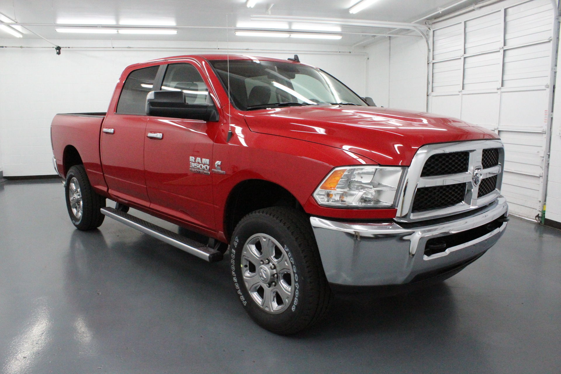 2018 Ram 3500 Crew Cab 4x4,  Pickup #168856 - photo 3
