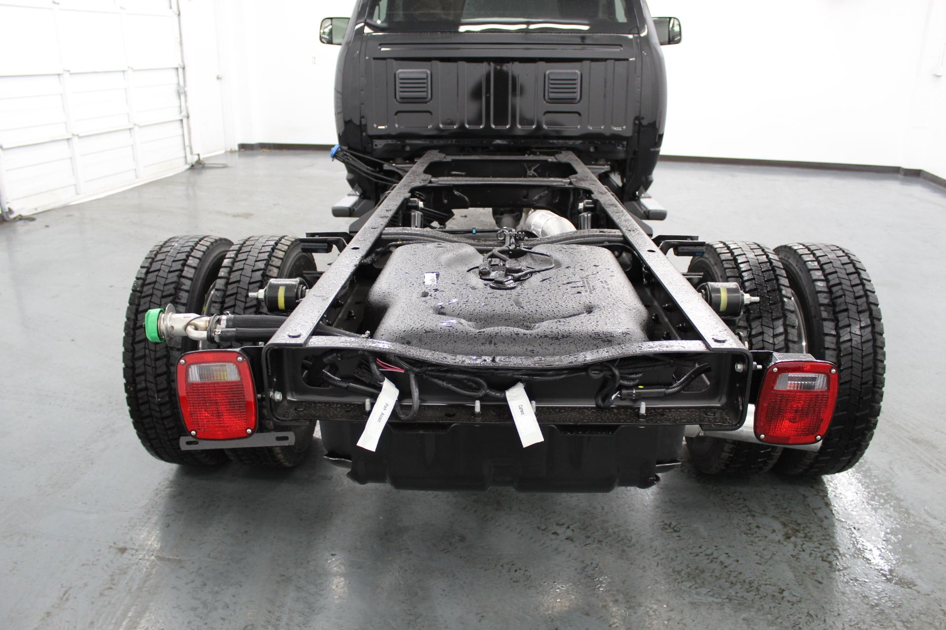 2018 Ram 5500 Regular Cab DRW 4x4,  Cab Chassis #233582 - photo 10