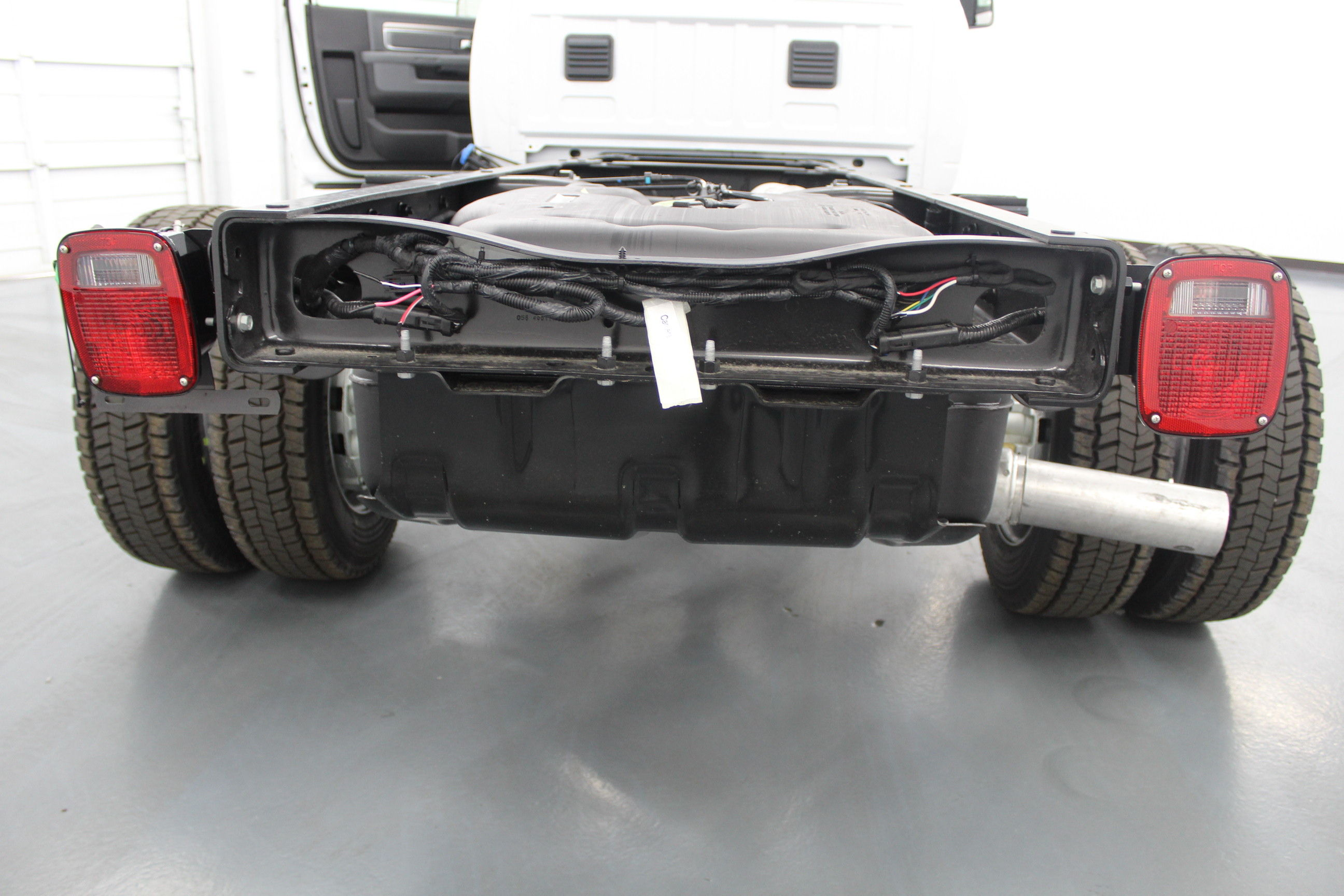 2018 Ram 4500 Regular Cab DRW 4x4,  Cab Chassis #263980 - photo 10