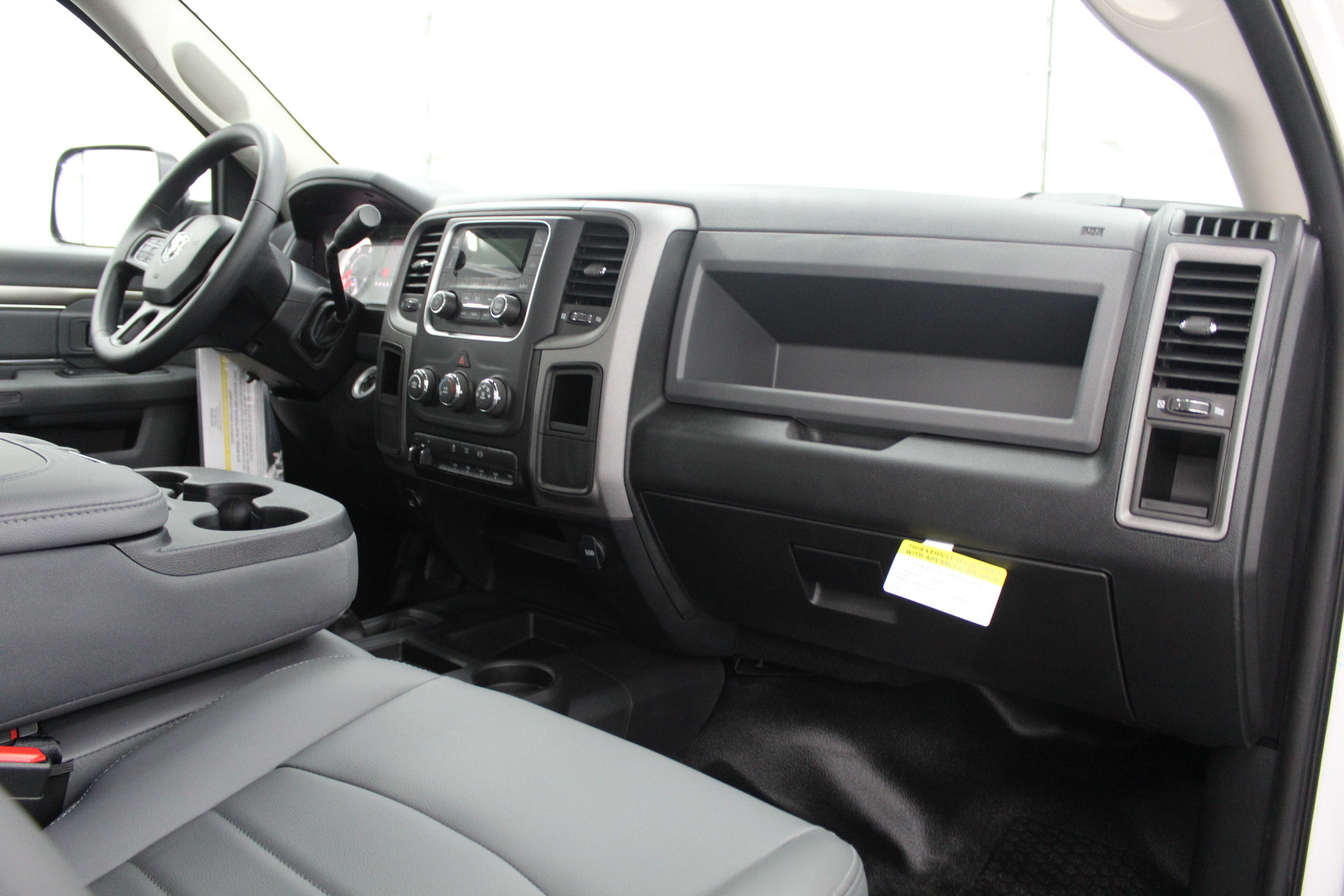2018 Ram 4500 Regular Cab DRW 4x4,  Cab Chassis #263980 - photo 19