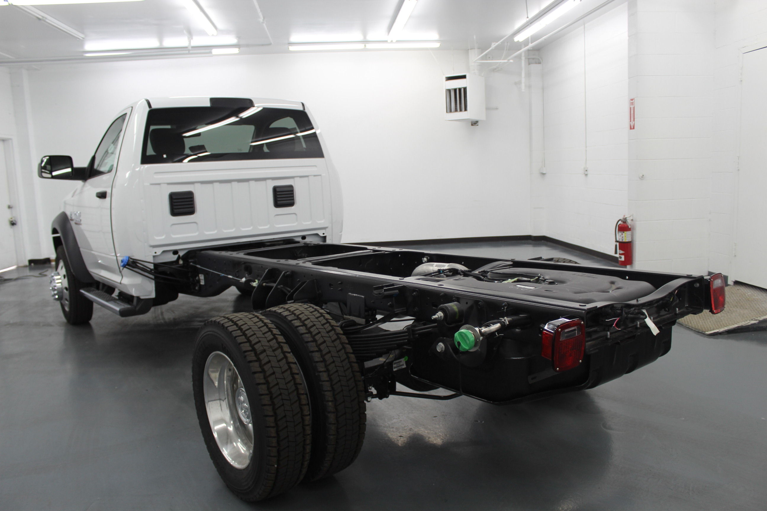 2018 Ram 4500 Regular Cab DRW 4x4,  Cab Chassis #263980 - photo 2