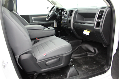 2018 Ram 4500 Regular Cab DRW 4x4,  Cab Chassis #263982 - photo 20