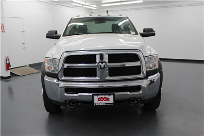 2018 Ram 4500 Regular Cab DRW 4x4,  Cab Chassis #263982 - photo 8