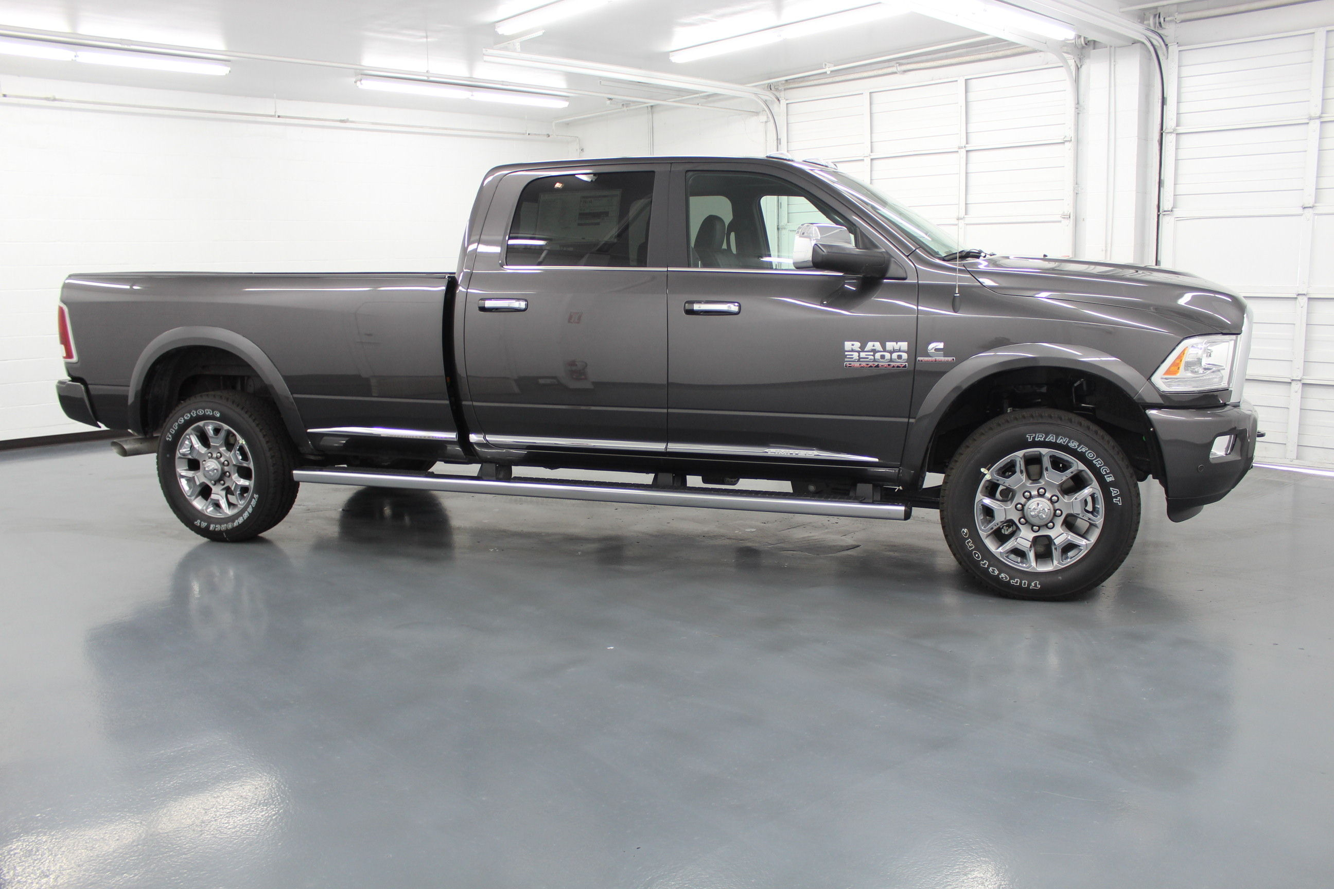 2018 Ram 3500 Crew Cab 4x4,  Pickup #294664 - photo 4