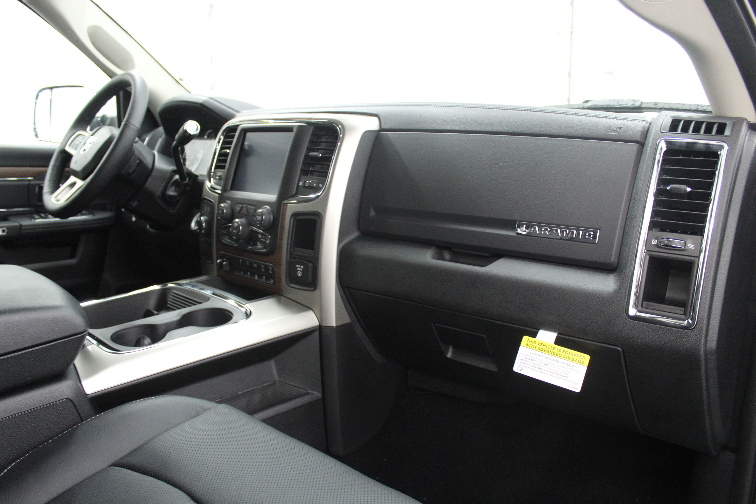 2018 Ram 3500 Crew Cab 4x4,  Pickup #299700 - photo 21