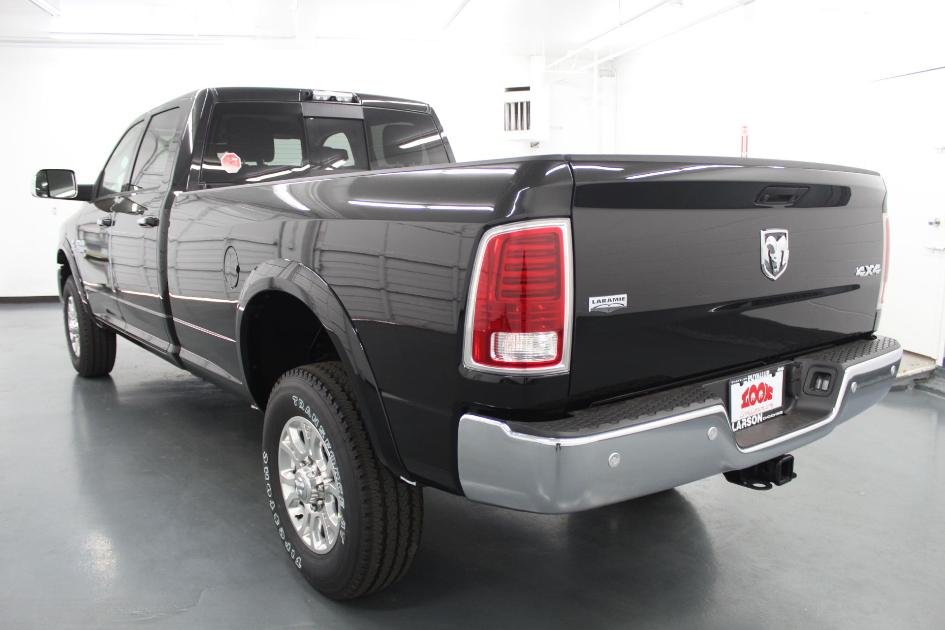 2018 Ram 2500 Crew Cab 4x4,  Pickup #316528 - photo 2