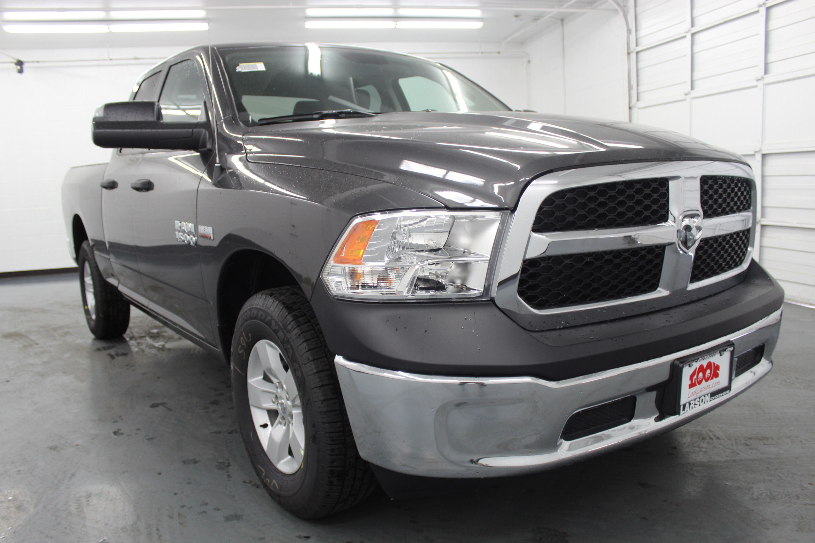 2018 Ram 1500 Quad Cab 4x4,  Pickup #328352 - photo 3