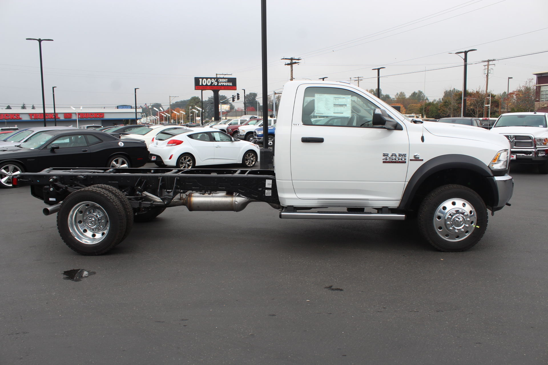 2018 Ram 4500 Regular Cab DRW 4x4,  Cab Chassis #352363 - photo 2