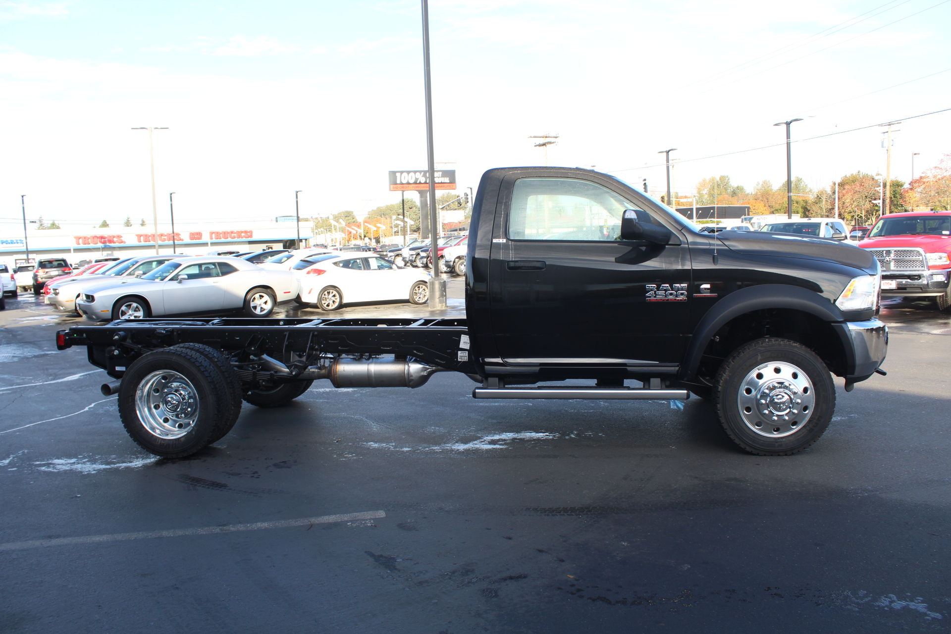 2018 Ram 4500 Regular Cab DRW 4x4,  Cab Chassis #360497 - photo 4