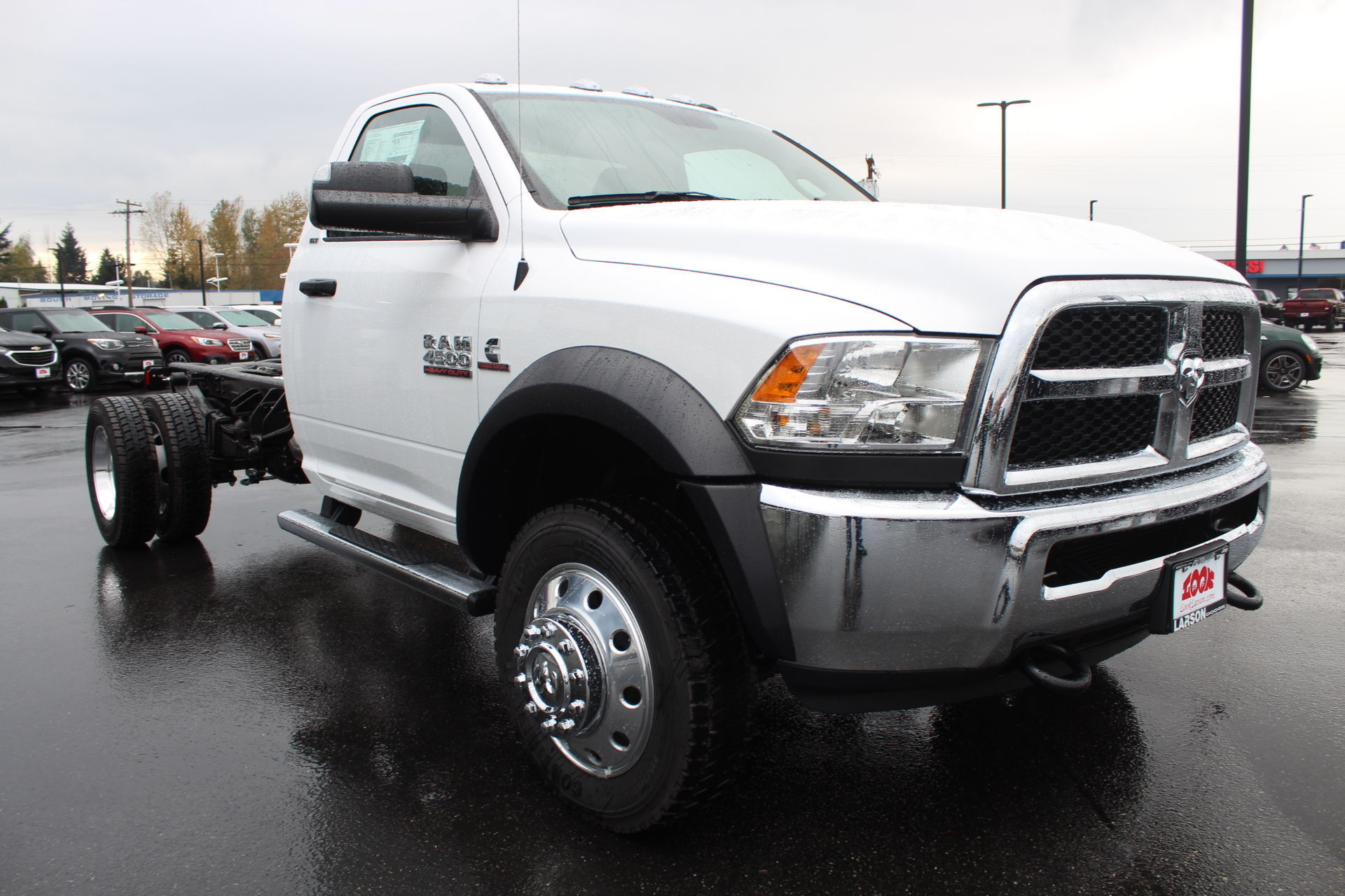 2018 Ram 4500 Regular Cab DRW 4x4,  Cab Chassis #371979 - photo 3