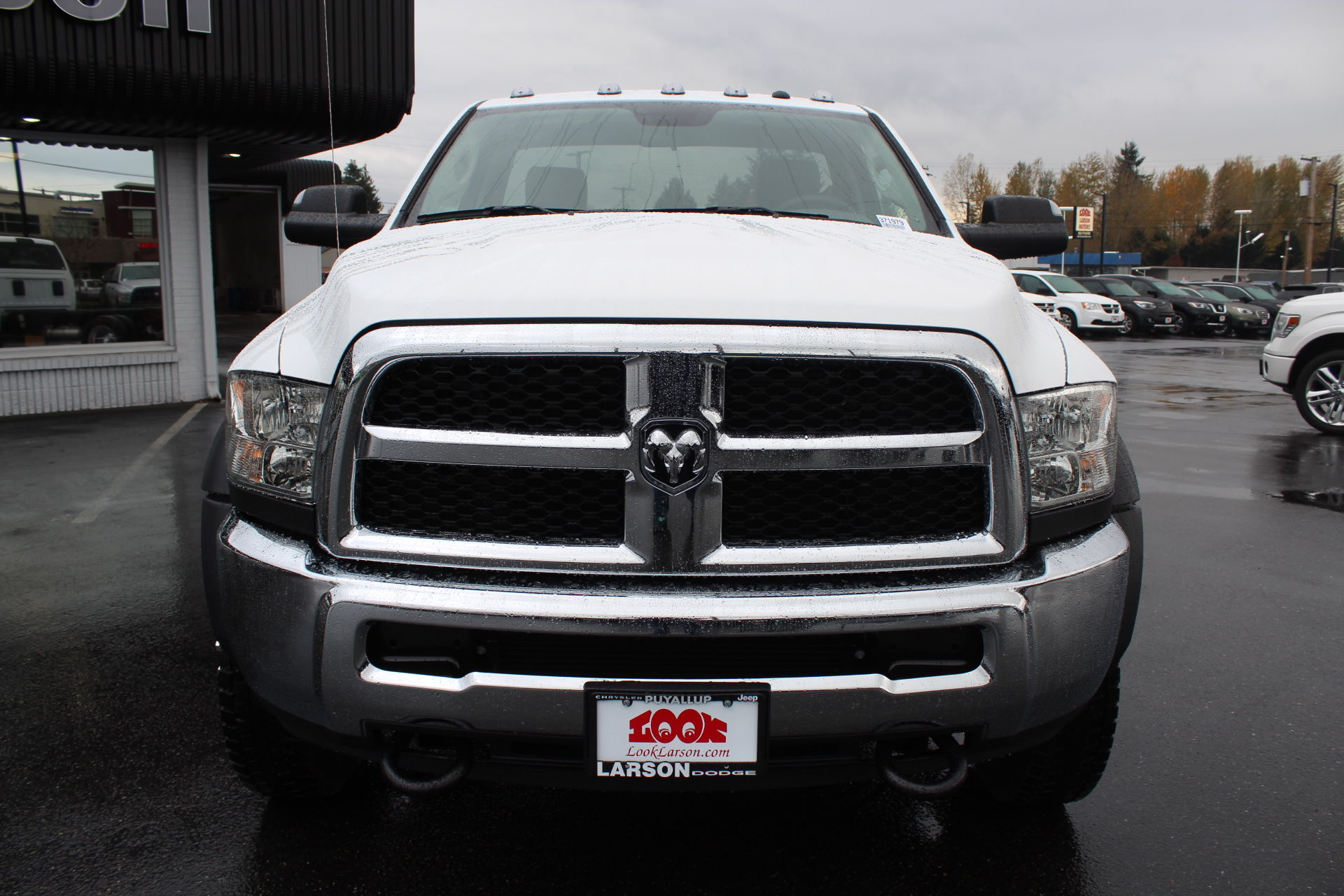 2018 Ram 4500 Regular Cab DRW 4x4,  Cab Chassis #371979 - photo 8