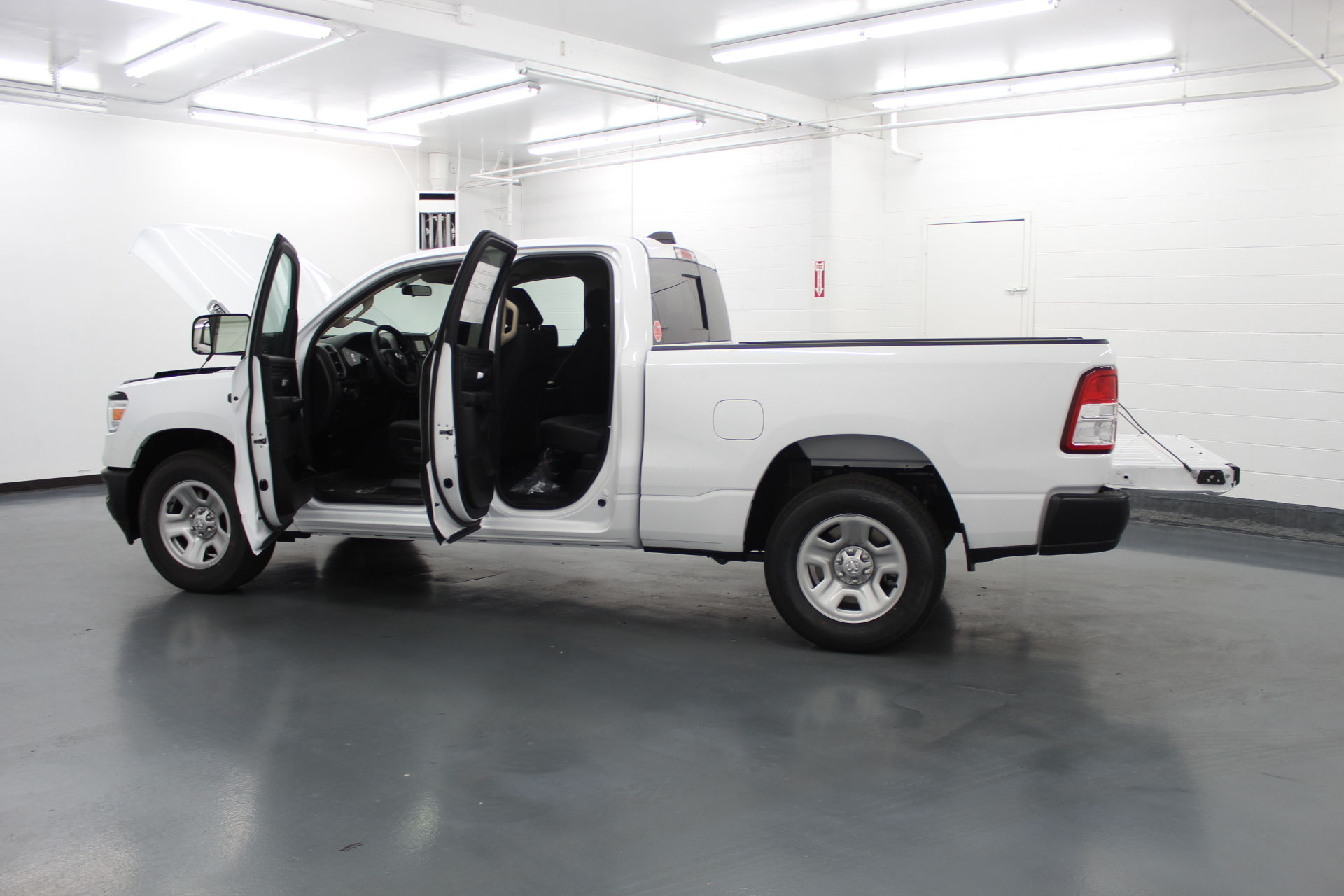 2019 Ram 1500 Quad Cab 4x2,  Pickup #526947 - photo 11