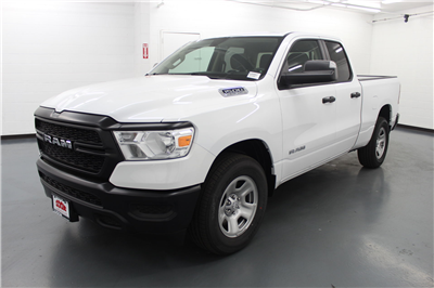2019 Ram 1500 Quad Cab 4x2,  Pickup #526947 - photo 1