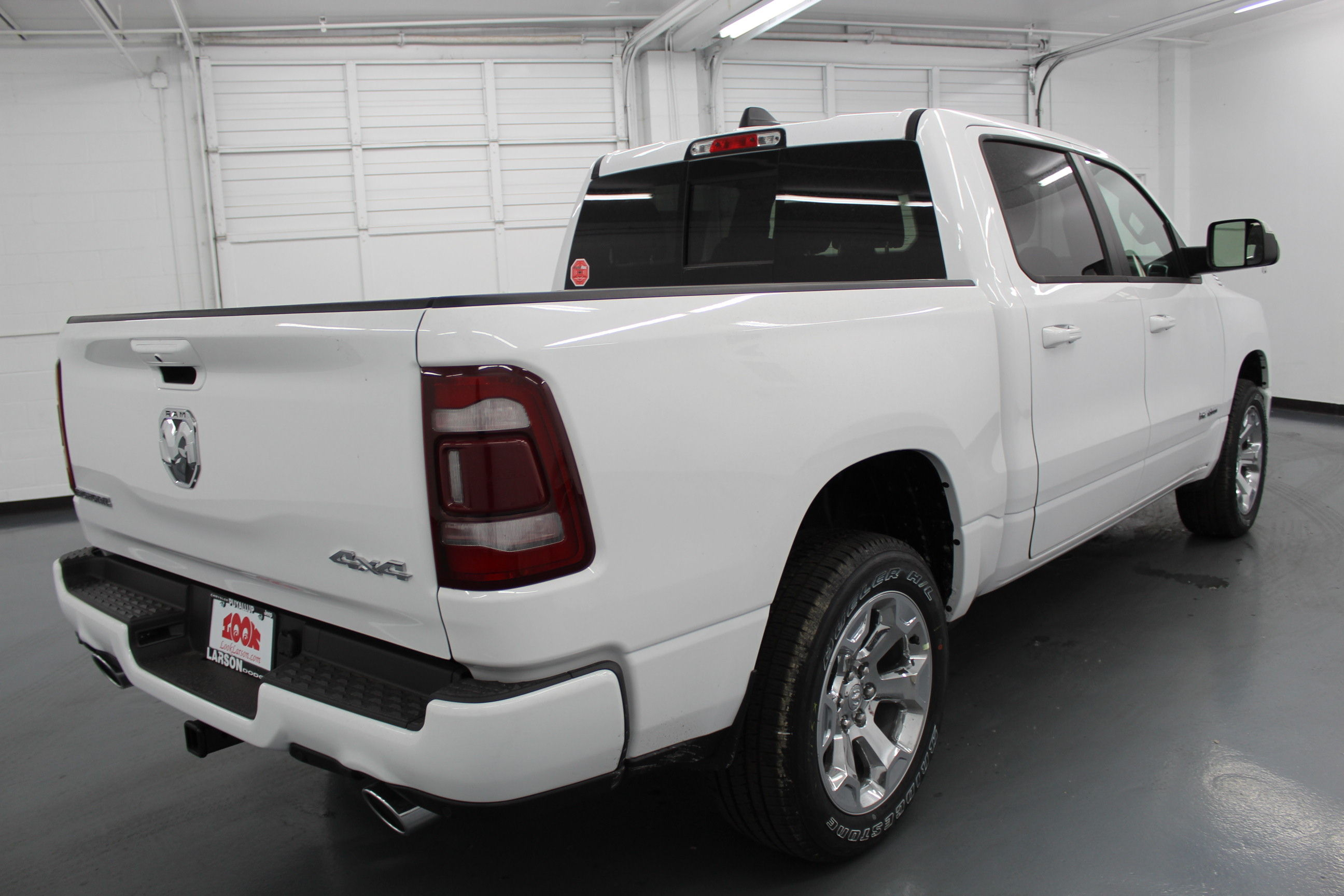 2019 Ram 1500 Crew Cab 4x4,  Pickup #532657 - photo 5