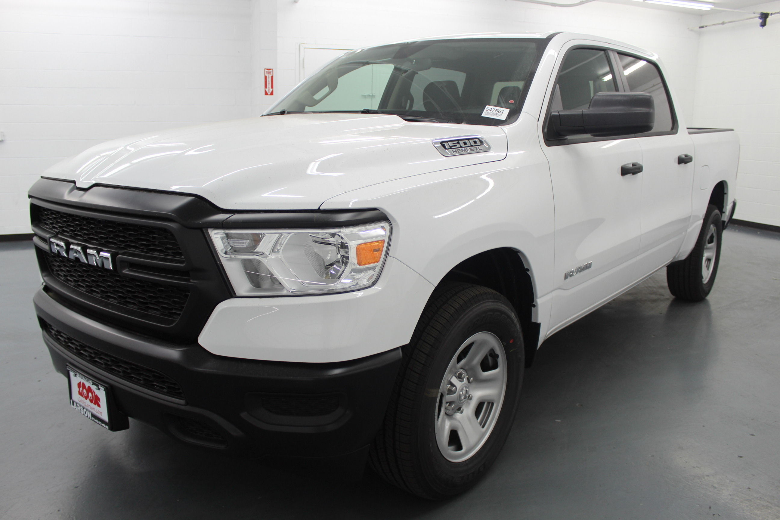 2019 Ram 1500 Crew Cab 4x4,  Pickup #547561 - photo 1