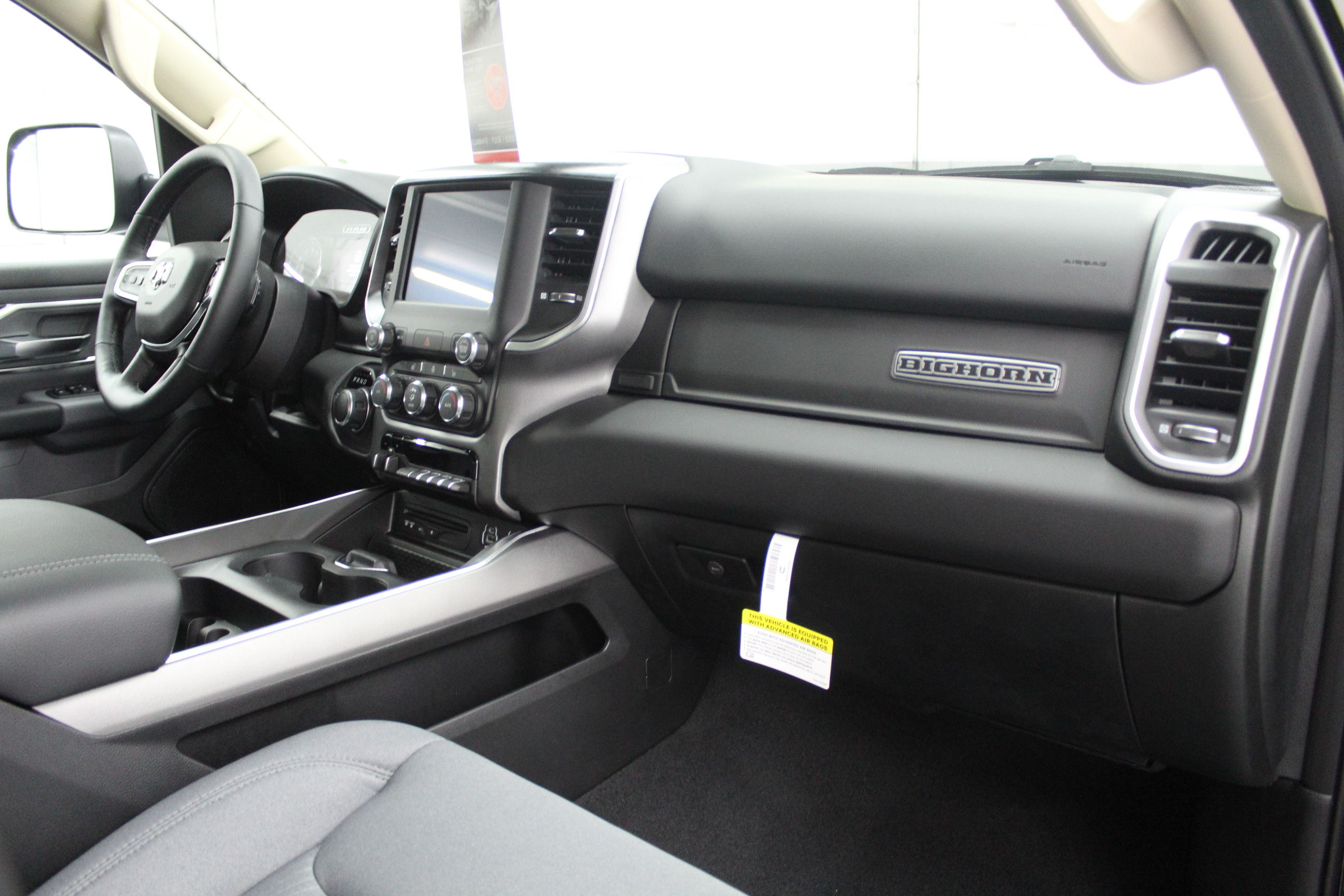 2019 Ram 1500 Crew Cab 4x4,  Pickup #553117 - photo 21
